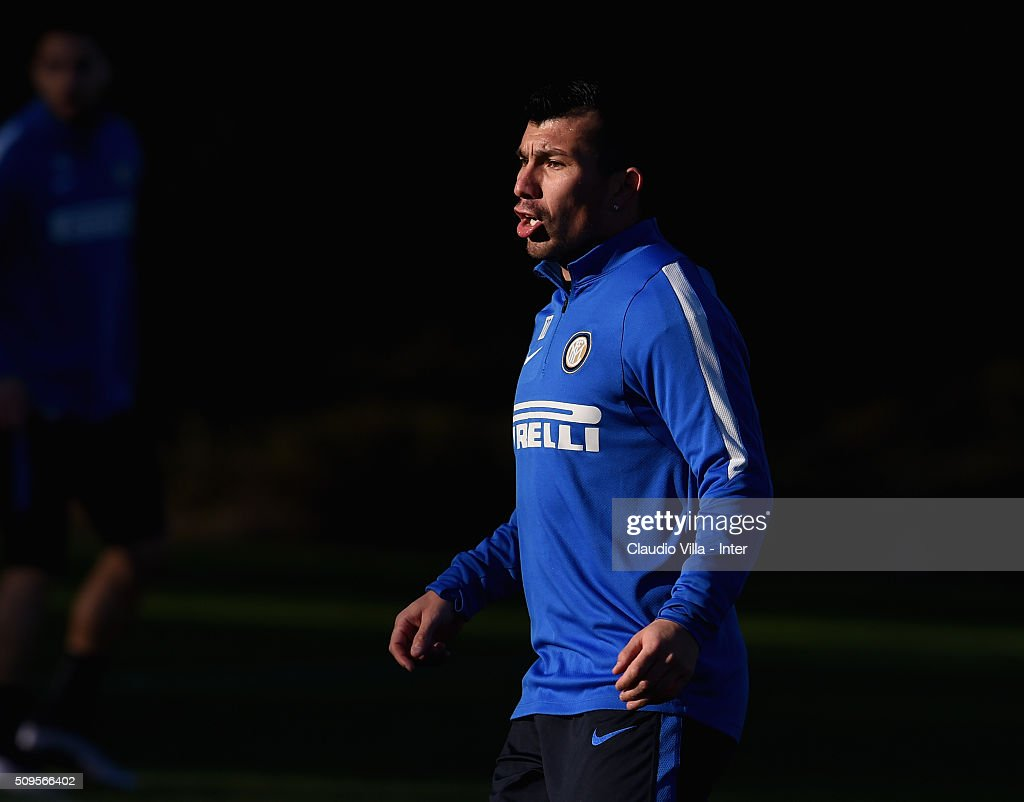 <a gi-track='captionPersonalityLinkClicked' href=/galleries/search?phrase=Gary+Medel&family=editorial&specificpeople=4123504 ng-click='$event.stopPropagation()'>Gary Medel</a> reacts during the FC Internazionale training session at the club's training ground at Appiano Gentile on February 11, 2016 in Como, Italy.