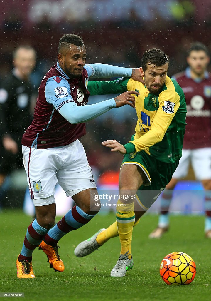 <a gi-track='captionPersonalityLinkClicked' href=/galleries/search?phrase=Gary+O%27Neil&family=editorial&specificpeople=683120 ng-click='$event.stopPropagation()'>Gary O'Neil</a> of Norwich City and <a gi-track='captionPersonalityLinkClicked' href=/galleries/search?phrase=Leandro+Bacuna&family=editorial&specificpeople=7643005 ng-click='$event.stopPropagation()'>Leandro Bacuna</a> of Aston Villa compete for the ball during the Barclays Premier League match between Aston Villa and Norwich City at Villa Park on February 6, 2016 in Birmingham, England.