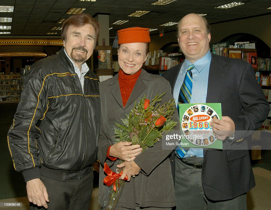 Gary Owens Lee Meriwether and Hal Lifson during 'Hal Lifson's 1966' Book And CD Signing at Barnes And Noble Book Store in Encino California United...