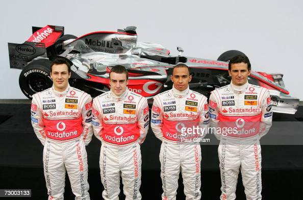 ¿Cuánto mide Lewis Hamilton? - Estatura y peso - Real height - Página 3 Gary-paffett-of-great-britain-fernando-alonso-of-spain-lewis-hamilton-picture-id73003133?s=594x594