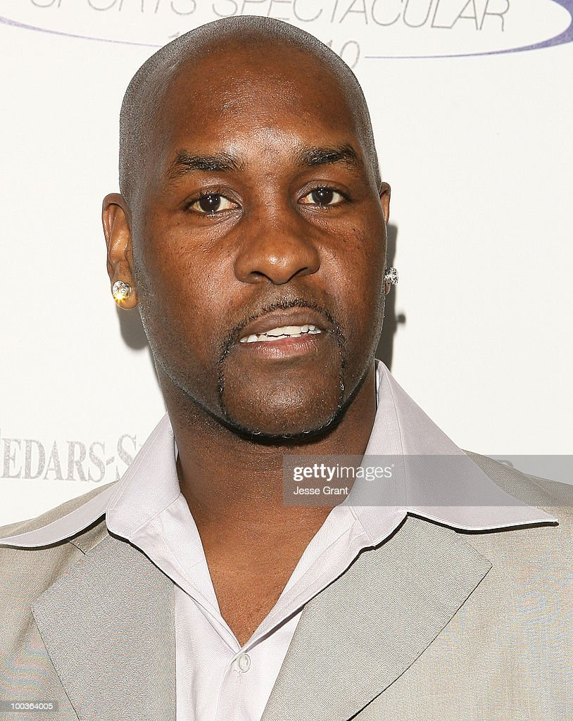 <a gi-track='captionPersonalityLinkClicked' href=/galleries/search?phrase=Gary+Payton&family=editorial&specificpeople=201500 ng-click='$event.stopPropagation()'>Gary Payton</a> arrives at the 25th anniversary of Cedars-Sinai Sports Spectacular at the Hyatt Regency Century Plaza on May 23, 2010 in Century City, California.