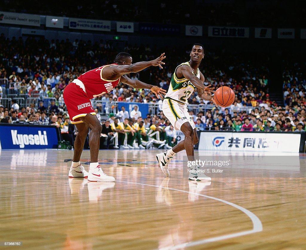 1992 Japan Games Seattle SuperSonics v Houston Rockets
