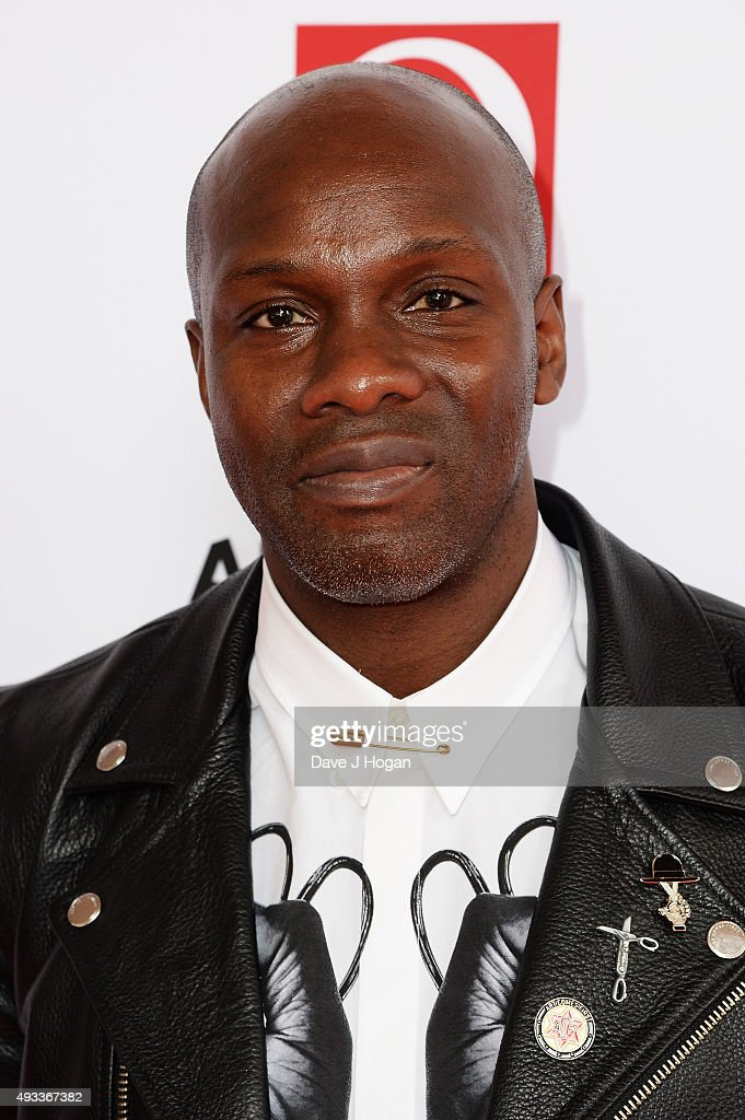 Gary Powell of The Libertines attends the Q Awards at The Grosvenor House Hotel on October - gary-powell-of-the-libertines-attends-the-q-awards-at-the-grosvenor-picture-id493367382