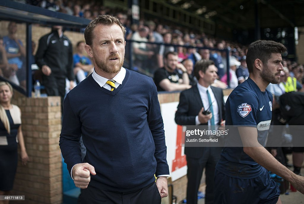 <a gi-track='captionPersonalityLinkClicked' href=/galleries/search?phrase=Gary+Rowett&family=editorial&specificpeople=3215657 ng-click='$event.stopPropagation()'>Gary Rowett</a> Manager of of Burton Albion celebrates at the final whistle afterwinning the Sky Bet League 2 Play Off Semi Final second leg match between Southend United and Burton Albion at Roots Hall on May 17, 2014 in Southend, England.
