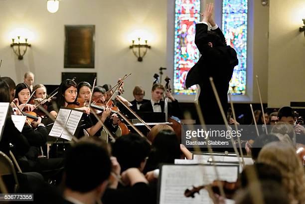 Gary bianco conduzione di Philadelphia Sinfonia Orchestra giovanile