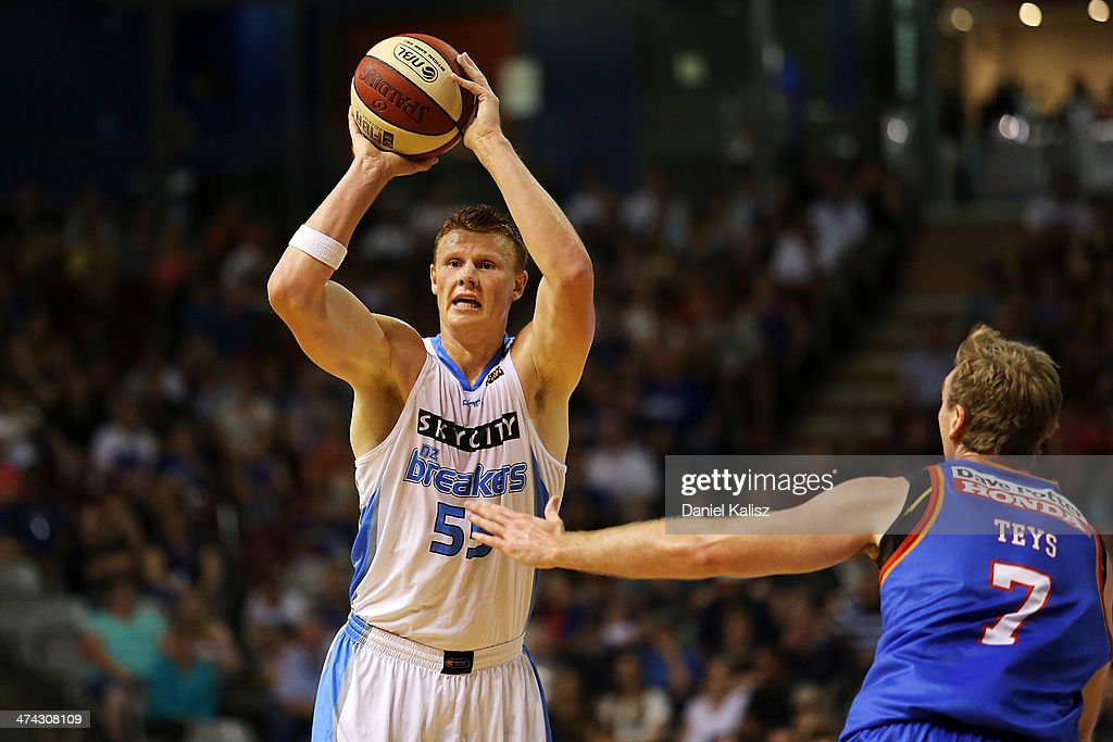 Gary Wilkinson of the Breakers looks t pass off the ball during the round 19 NBL match between the Adelaide 36ers and the New Zealand Breakers at Adelaide Arena in February 23, 2014 in Adelaide, Australia.