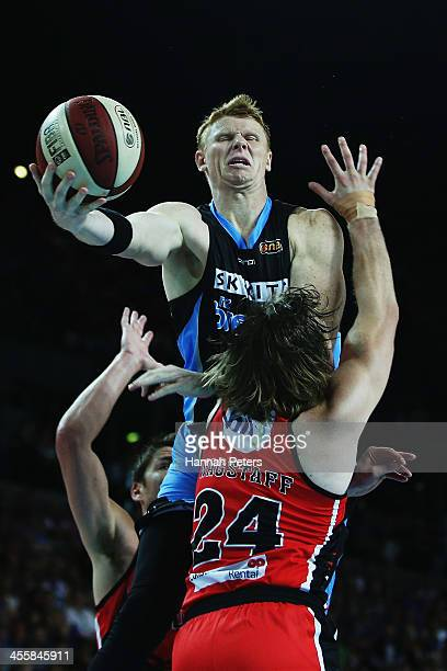 Gary Wilkinson of the Breakers takes the ball forward during the round 10 NBL match between the New Zealand Breakers and the Perth Wildcats at Vector...