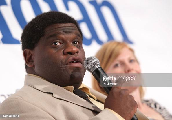 ... Gary Younge and Ana <b>Marie Cox</b> participate in the Guardian's 'PostTruth ... - gary-younge-and-ana-marie-cox-participate-in-the-guardians-posttruth-picture-id143649579?s=594x594
