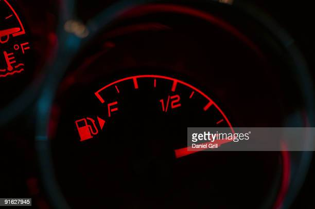 how to fix gas gauge on car