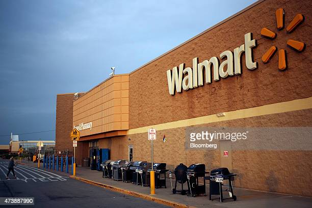 Gas grills are displayed for sale outside a WalMart Stores Inc location in Shelbyville Kentucky US on Monday May 18 2015 WalMart Stores Inc is...
