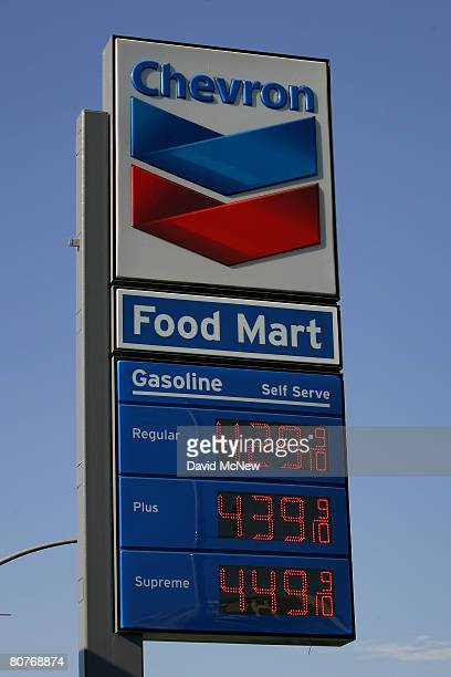 Gas prices continue setting new record highs with more stations like this Chevron breaking the $4 per gallon mark on April 18 2008 in Los Angeles...