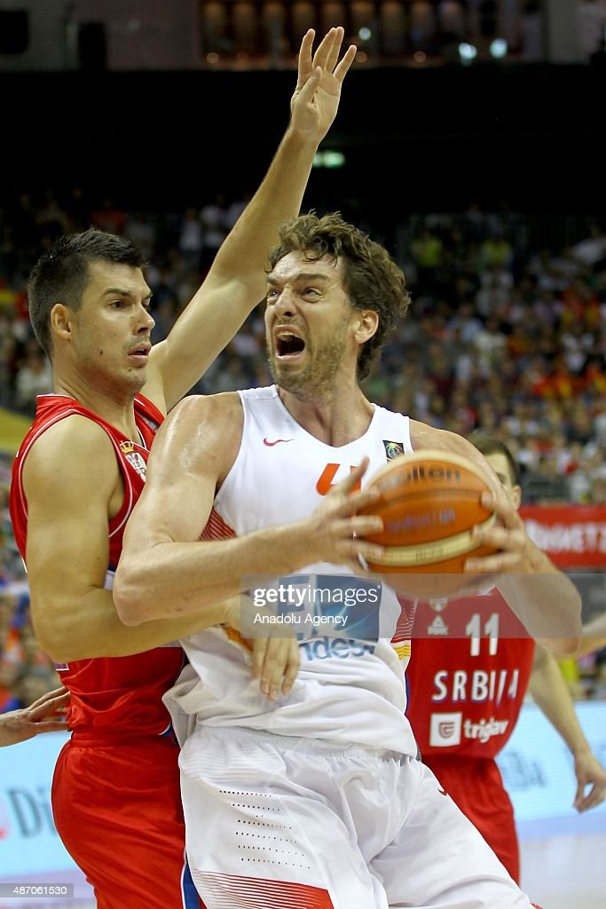 Gasol (R) of Spain is in action during the EuroBasket 2015 group B match between Spain and Serbia at Mercedes-Benz Arena in Berlin, Germany on September 5, 2015.