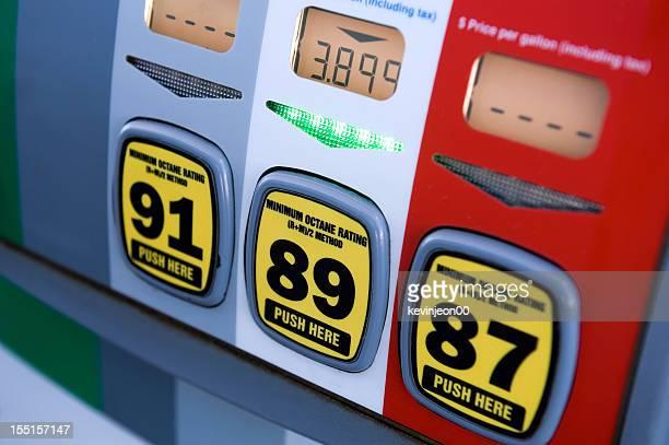 Benzin Pumpe in gas station