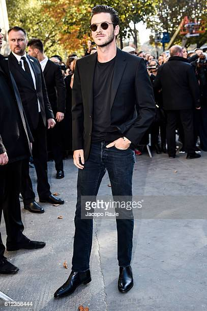 Gaspard Ulliel is seen arriving at Chanel Fashion show during Paris Fashion Week Spring/Summer 2017 on October 4 2016 in Paris France