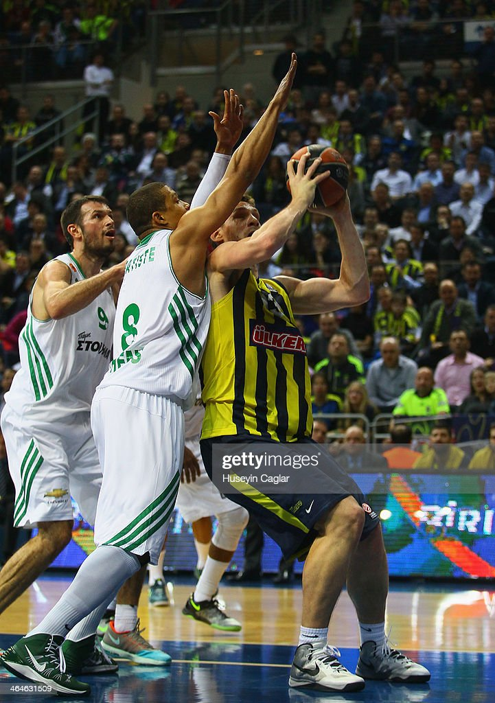 Gasper Vidmar, #13 of Fenerbahce Ulker Istanbul competes with <a gi-track='captionPersonalityLinkClicked' href=/galleries/search?phrase=Mike+Batiste&family=editorial&specificpeople=784344 ng-click='$event.stopPropagation()'>Mike Batiste</a>, #8 of Panathinaikos Athens in action during the 2013-2014 Turkish Airlines Euroleague Top 16 Date 4 game between Fenerbahce Ulker Istanbul v Panathinaikos Athens at Ulker Sports Arena on January 23, 2014 in Istanbul, Turkey.