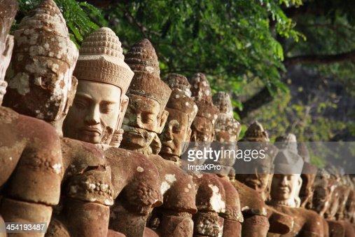 Portão de Angkor Thom : Foto de stock