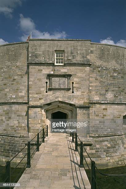 Gatehouse to Calshot Castle Hampshire 1995 The gate is approached across the moat It was protected by a portcullis with a pair of gun loops to either...