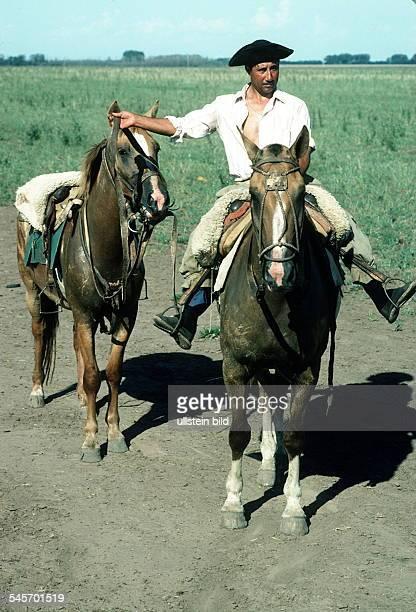 Gaucho zu PferdeoJ