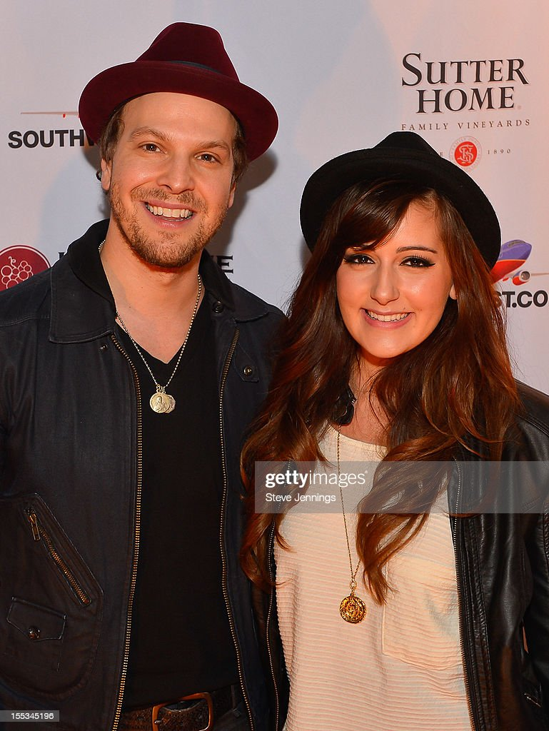 <a gi-track='captionPersonalityLinkClicked' href=/galleries/search?phrase=Gavin+DeGraw&family=editorial&specificpeople=203282 ng-click='$event.stopPropagation()'>Gavin DeGraw</a> and Davina Leone attend Live In The Vineyard at the Westin Verasa on November 2, 2012 in Napa, California.