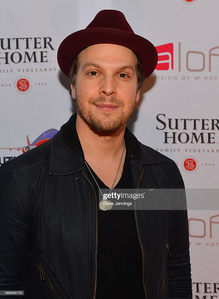 <a gi-track='captionPersonalityLinkClicked' href=/galleries/search?phrase=Gavin+DeGraw&family=editorial&specificpeople=203282 ng-click='$event.stopPropagation()'>Gavin DeGraw</a> attends Live In The Vineyard at the Westin Verasa on November 2, 2012 in Napa, California.