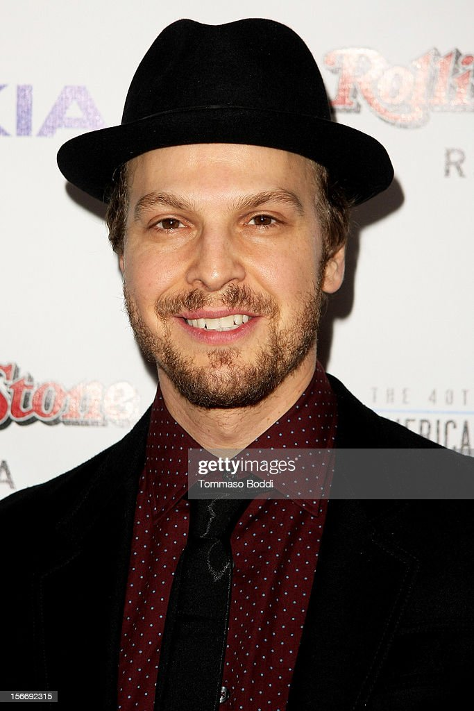 Gavin DeGraw attends the Rolling Stone after party for the 2012 American Music Awards presented by Nokia and Rdio held at the Rolling Stone Restaurant And Lounge on November 18, 2012 in Los Angeles, California.