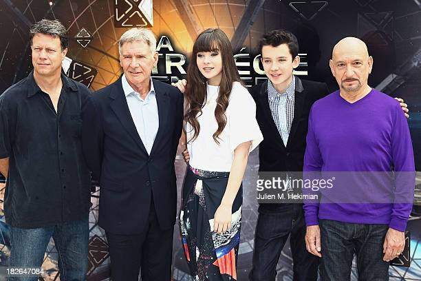 Gavin Hood Harrison Ford Hailee Steinfeld Asa Butterfield and Sir Ben Kingsley attend the 'Ender's Game' Photocall at Mandarin Hotel on October 2...