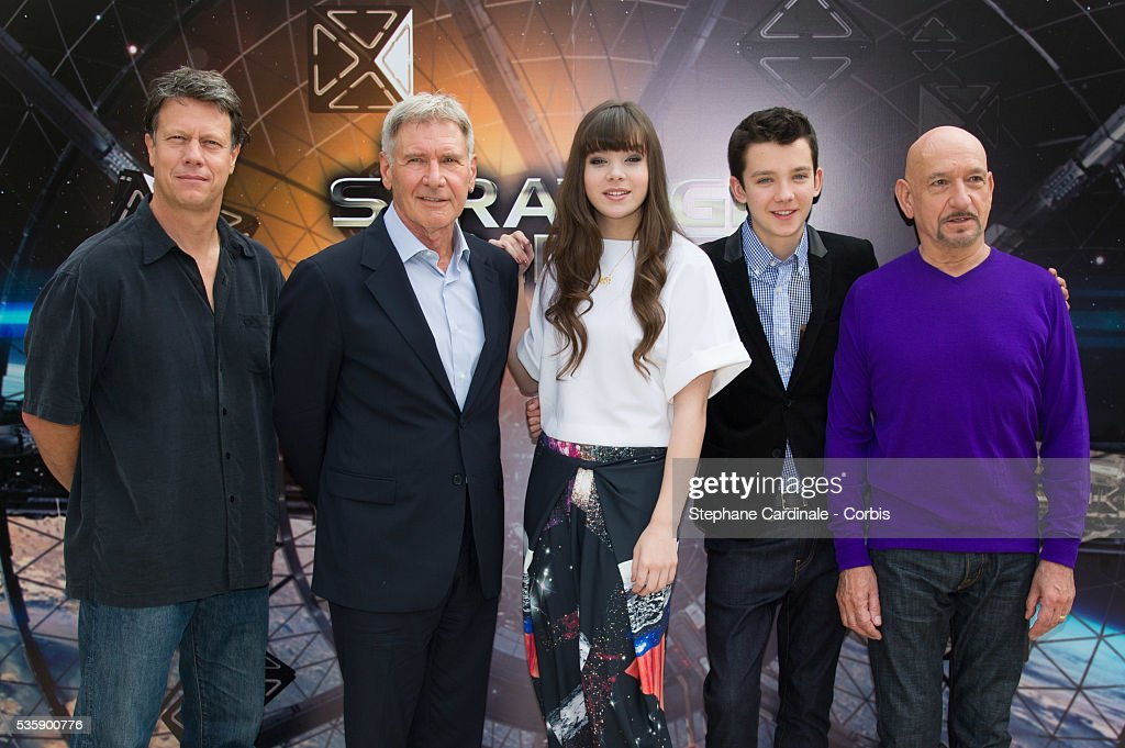 Gavin Hood, Harrison Ford, Hailee Steinfeld, Asa Butterfield and Sir Ben Kingsley attend the 'Ender's Game' Photocall, in Paris.