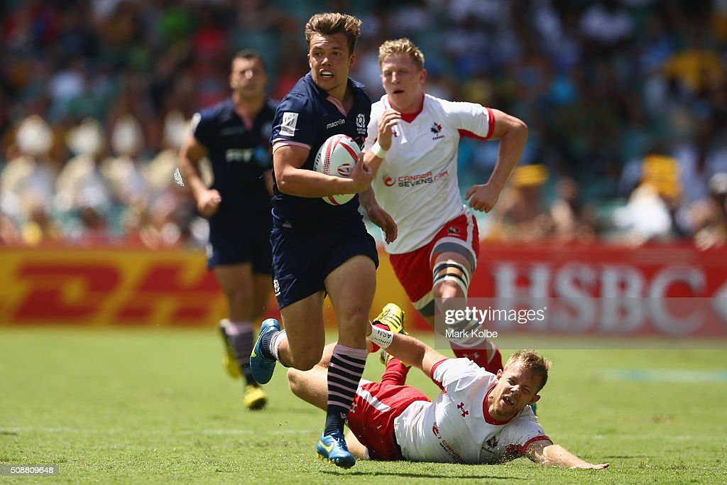 Gavin Lowe of Scotland breaks away to score a try during the 2016 Sydney Sevens bowl semi final match between Scotland and Canada at Allianz Stadium on February 7, 2016 in Sydney, Australia.