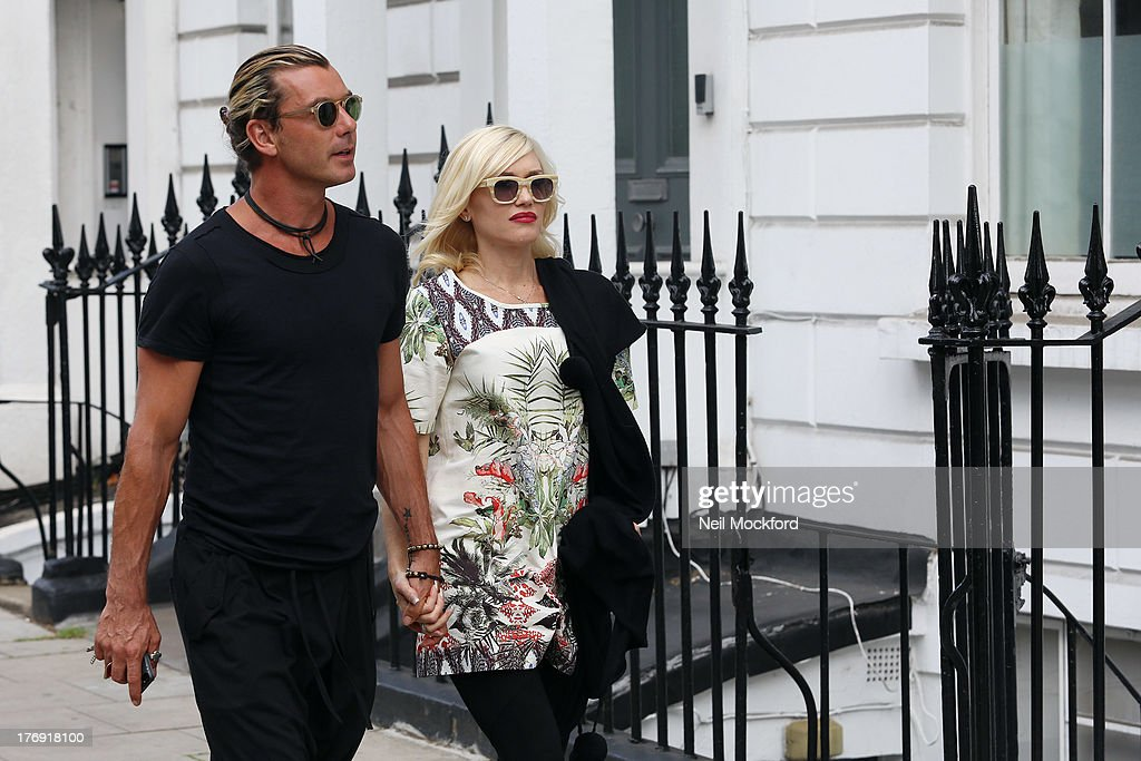 <a gi-track='captionPersonalityLinkClicked' href=/galleries/search?phrase=Gavin+Rossdale&family=editorial&specificpeople=203016 ng-click='$event.stopPropagation()'>Gavin Rossdale</a> and <a gi-track='captionPersonalityLinkClicked' href=/galleries/search?phrase=Gwen+Stefani&family=editorial&specificpeople=156423 ng-click='$event.stopPropagation()'>Gwen Stefani</a> seen in Primrose Hill after having lunch together on August 19, 2013 in London, England.