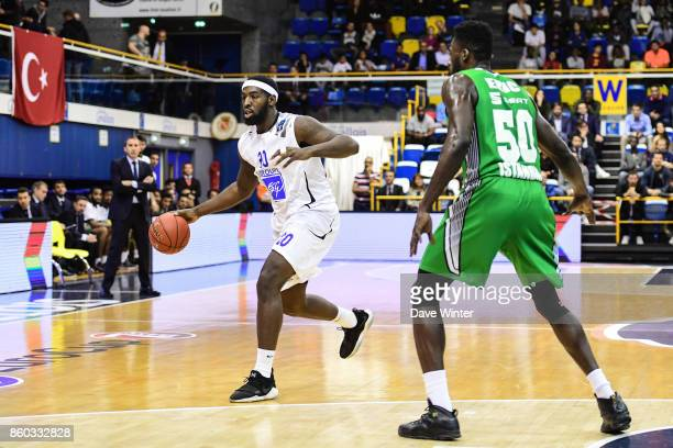 Gavin Ware of Levallois during the EuropCup match between Levallois Metropolitans and Darussafaka Istanbul at Salle Marcel Cerdan on October 11 2017...