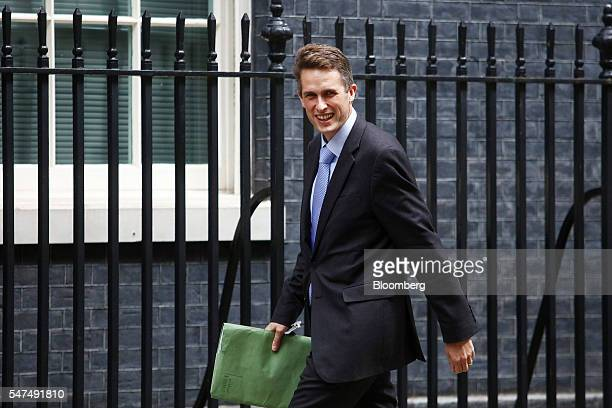 Gavin Williamson UK parliamentary secretary arrives at 10 Downing Street in London UK on Friday July 15 2016 Theresa May will visit Edinburgh on...