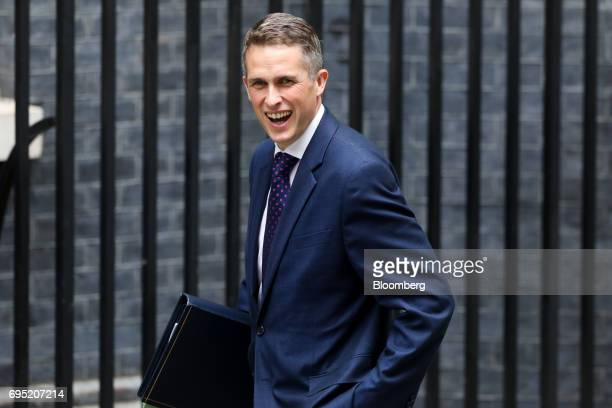 Gavin Williamson UK parliamentary secretary arrives at Downing Street in London UK on Monday June 12 2017 UK Prime Minister Theresa May will chair a...