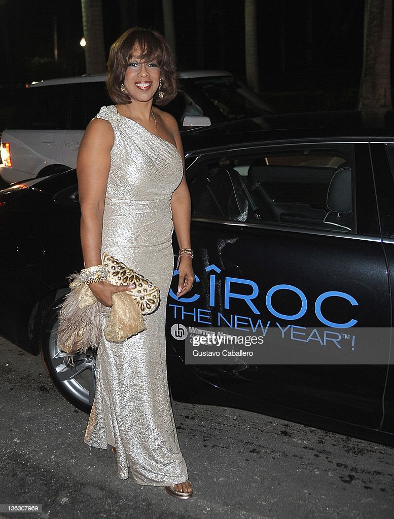 <a gi-track='captionPersonalityLinkClicked' href=/galleries/search?phrase=Gayle+King&family=editorial&specificpeople=215469 ng-click='$event.stopPropagation()'>Gayle King</a> attends a Private Residence on December 31, 2011 in Miami Beach, Florida.