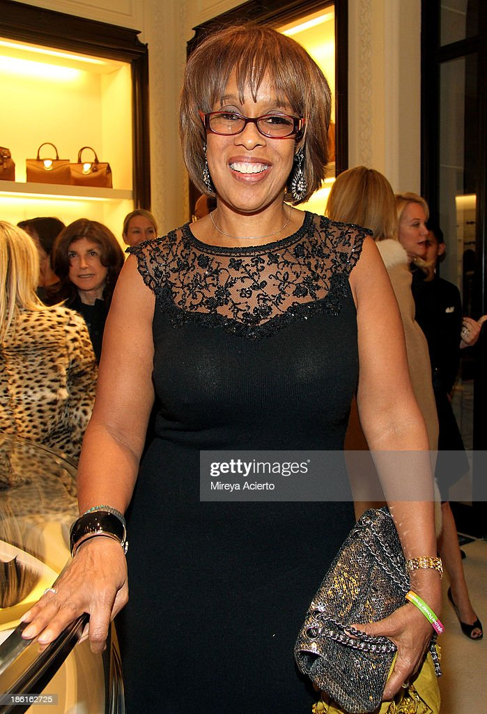 <a gi-track='captionPersonalityLinkClicked' href=/galleries/search?phrase=Gayle+King&family=editorial&specificpeople=215469 ng-click='$event.stopPropagation()'>Gayle King</a> attends Ralph Lauren Presents Exclusive Screening Of Hitchcock's To Catch A Thief Celebrating The Princess Grace Foundation at Ralph Lauren Women's Store on October 28, 2013 in New York City.