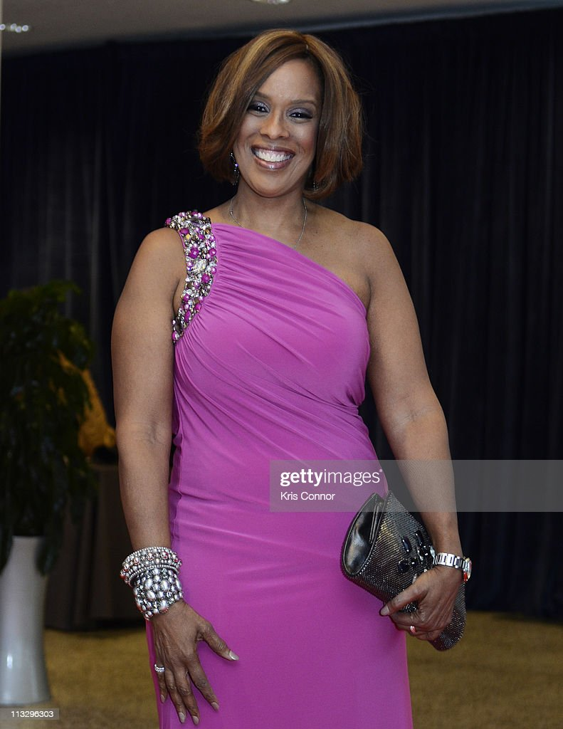 <a gi-track='captionPersonalityLinkClicked' href=/galleries/search?phrase=Gayle+King&family=editorial&specificpeople=215469 ng-click='$event.stopPropagation()'>Gayle King</a> attends the 2011 White House Correspondents' Association Dinner at the Washington Hilton on April 30, 2011 in Washington, DC.