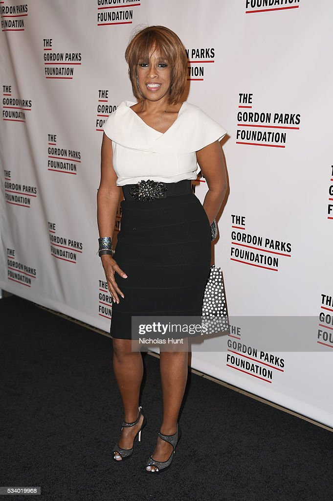 <a gi-track='captionPersonalityLinkClicked' href=/galleries/search?phrase=Gayle+King&family=editorial&specificpeople=215469 ng-click='$event.stopPropagation()'>Gayle King</a> attends the 2016 Gordon Parks Foundation awards dinner at Cipriani 42nd Street on May 24, 2016 in New York City.