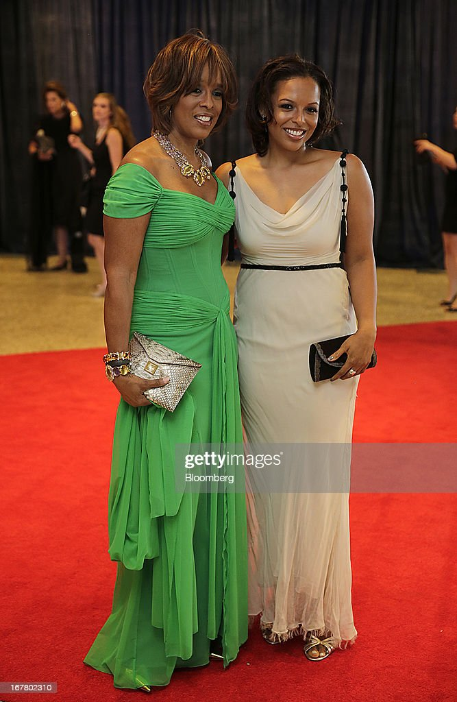 <a gi-track='captionPersonalityLinkClicked' href=/galleries/search?phrase=Gayle+King&family=editorial&specificpeople=215469 ng-click='$event.stopPropagation()'>Gayle King</a>, co-anchor of CBS This Morning, left, and her daughter Kirby Bumpus arrive for the White House Correspondents' Association (WHCA) dinner in Washington, D.C., U.S., on Saturday, April 27, 2013. The 99th annual dinner raises money for WHCA scholarships and honors the recipients of the organization's journalism awards. Photographer: Scott Eells/Bloomberg via Getty Images