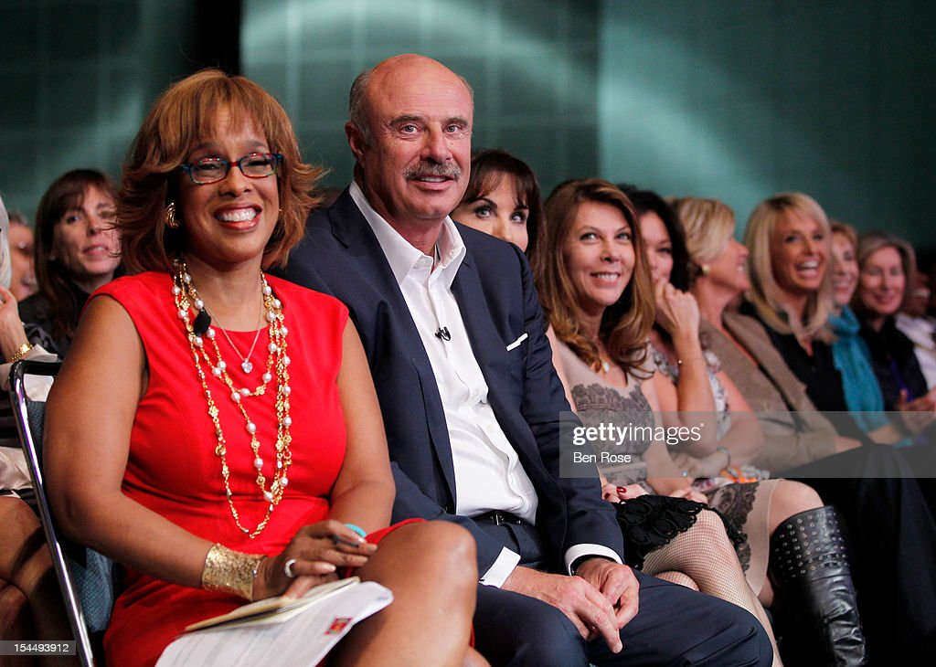 <a gi-track='captionPersonalityLinkClicked' href=/galleries/search?phrase=Gayle+King&family=editorial&specificpeople=215469 ng-click='$event.stopPropagation()'>Gayle King</a>, Editor-at-Large, O, The Oprah Magazine (L) and Dr. <a gi-track='captionPersonalityLinkClicked' href=/galleries/search?phrase=Phil+McGraw&family=editorial&specificpeople=234933 ng-click='$event.stopPropagation()'>Phil McGraw</a> attend O You! presented by O, The Oprah Magazine, held at Los Angeles Convention Center on October 20, 2012 in Los Angeles, California.