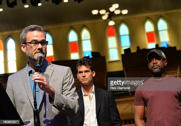 Gaylord Entertainment's Steve Buchanan addresses the crowd as Old Crow Medicine Show's Ketch Seco and Darius Rucker Celebrate their No1 Song 'Wagon...