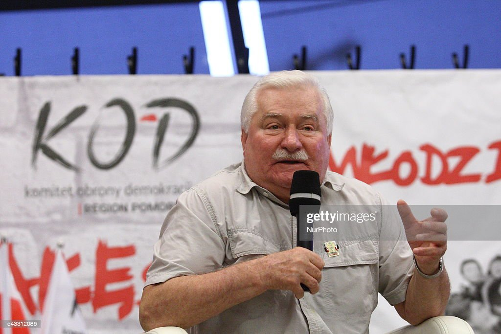Gdansk, Poland 27th, June 2016 Former President of Poland and Solidarity Movement leader <a gi-track='captionPersonalityLinkClicked' href=/galleries/search?phrase=Lech+Walesa&family=editorial&specificpeople=93677 ng-click='$event.stopPropagation()'>Lech Walesa</a> meets members of The Committee for the Defence of Democracy (KOD) at The European Solidarity Centre in Gdansk. Walesa wants to help Polish opposition to depose the ruling party PiS.