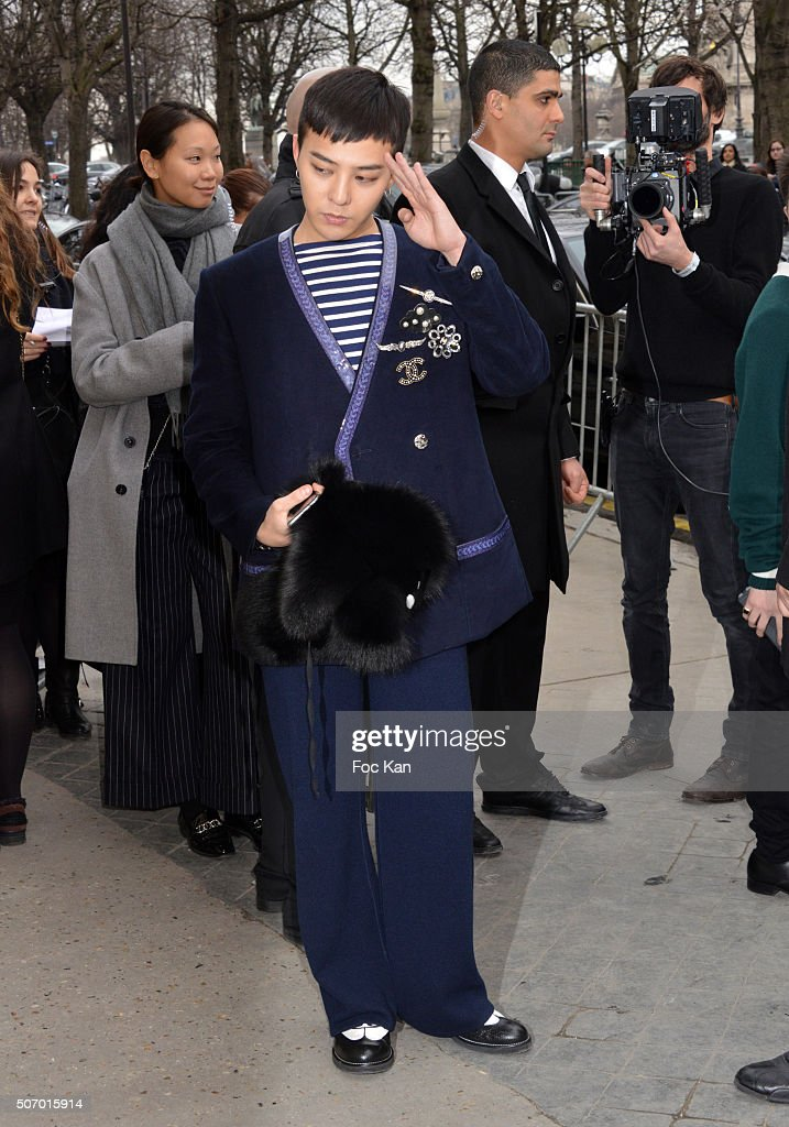 Chanel : Outside Arrivals - Paris Fashion Week - Haute Couture Spring Summer 2016