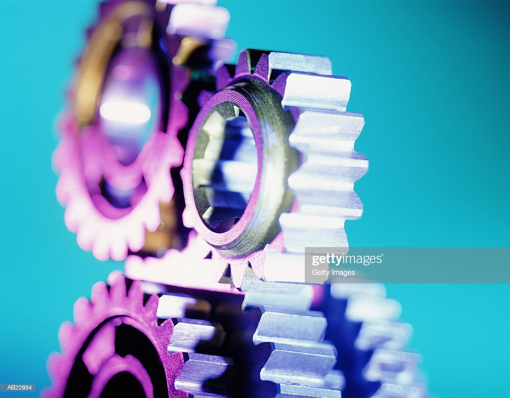 Gears rotating, close-up : Bildbanksbilder