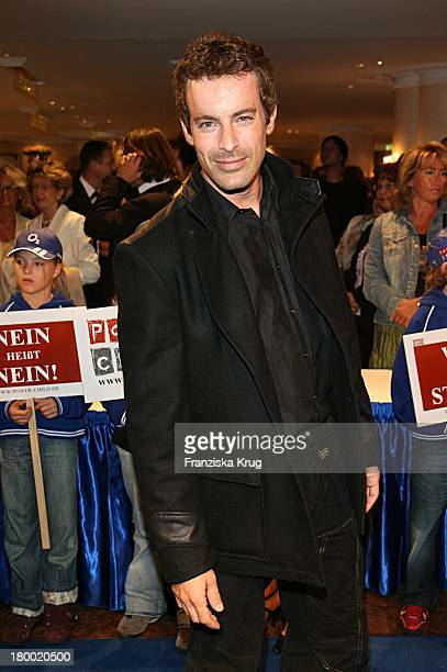 Gedeon Burkhard Bei Der 'United People Charity Night2006 Zugunsten PowerChild' Im Hotel Bayrischen Hof In München