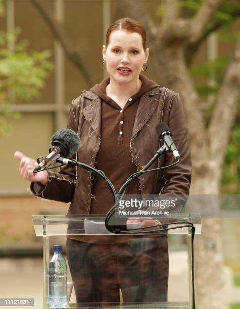 Geena Davis during President Bill Clinton At UCLA to Support Prop 87 at UCLA Campus Murphy Sculpture Garden in Westwood California United States