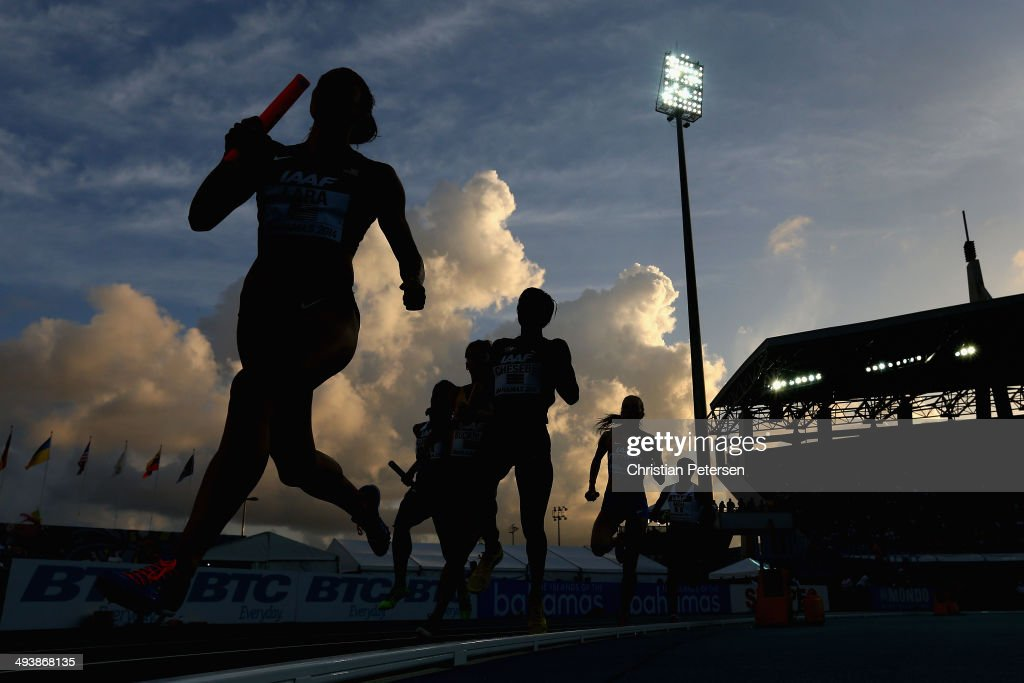 Geena Lara (L) of the United States competes in the Women's 4x800 metres relay final during day two of the IAAF World Relays at the Thomas Robinson Stadium on May 25, 2014 in Nassau, Bahamas.