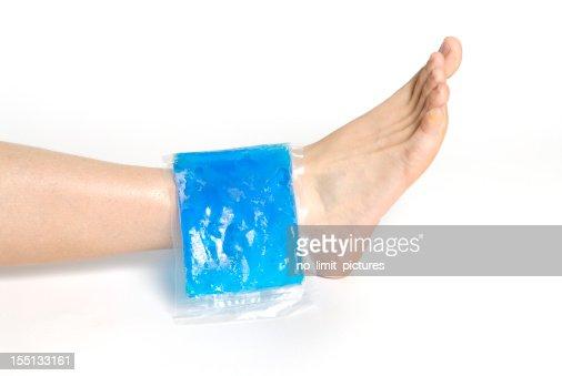 gel pack on ankle