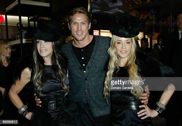 Gela NashTaylor actor Jason Lewis and Pamela Skaist Levy attend the Juicy Couture New York Boutique Opening on November 6 2008 New York