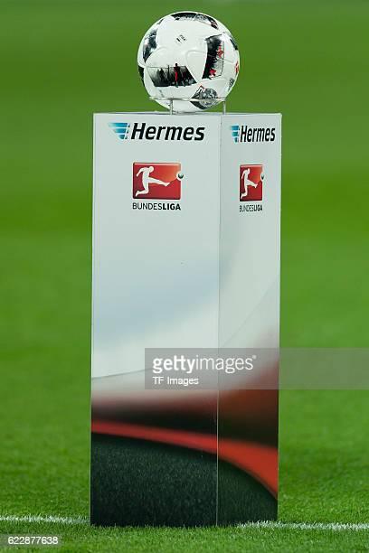 Gelsenkirchen Germany 1 Bundesliga 10 Spieltag FC Schalke 04 SV Werder Bremen 31 Adidas Ball Torfabrik vor dem spiel