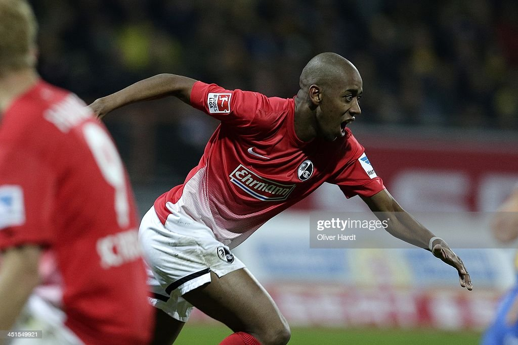<a gi-track='captionPersonalityLinkClicked' href=/galleries/search?phrase=Gelson+Fernandes&family=editorial&specificpeople=2971817 ng-click='$event.stopPropagation()'>Gelson Fernandes</a> of Freiburg celebrates after scoring their first goal during the Bundesliga match between Eintracht Braunschweig and SC Freiburg at Eintracht Stadion on November 23, 2013 in Braunschweig, Germany.