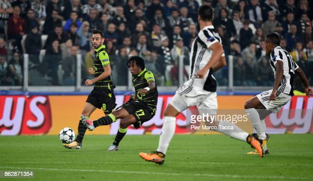 Gelson Martins of Sporting CP shoots the ball during the UEFA Champions League group D match between Juventus and Sporting CP at Juventus Stadium on...